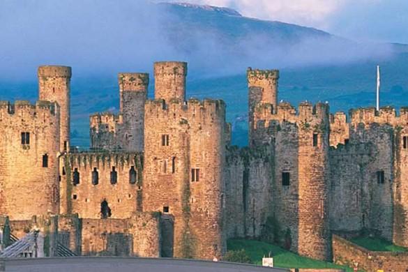 Conwy_Castle_Exterior