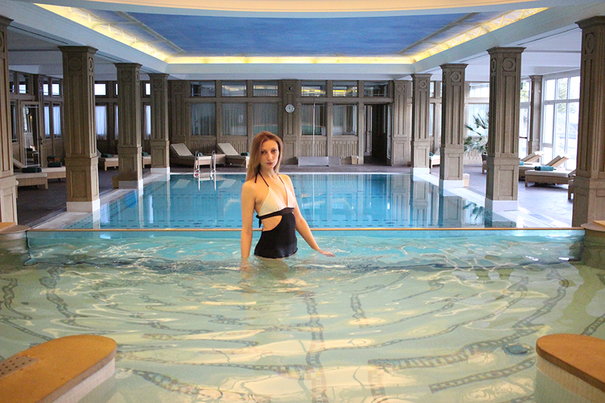 piscina_hotel_cortina_eleonora_trento