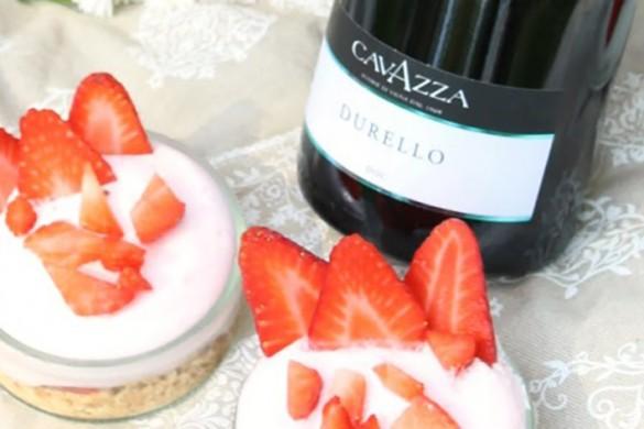 prepare_semifreddo_fragole_panna_ricetta_vino_cavazza_durello