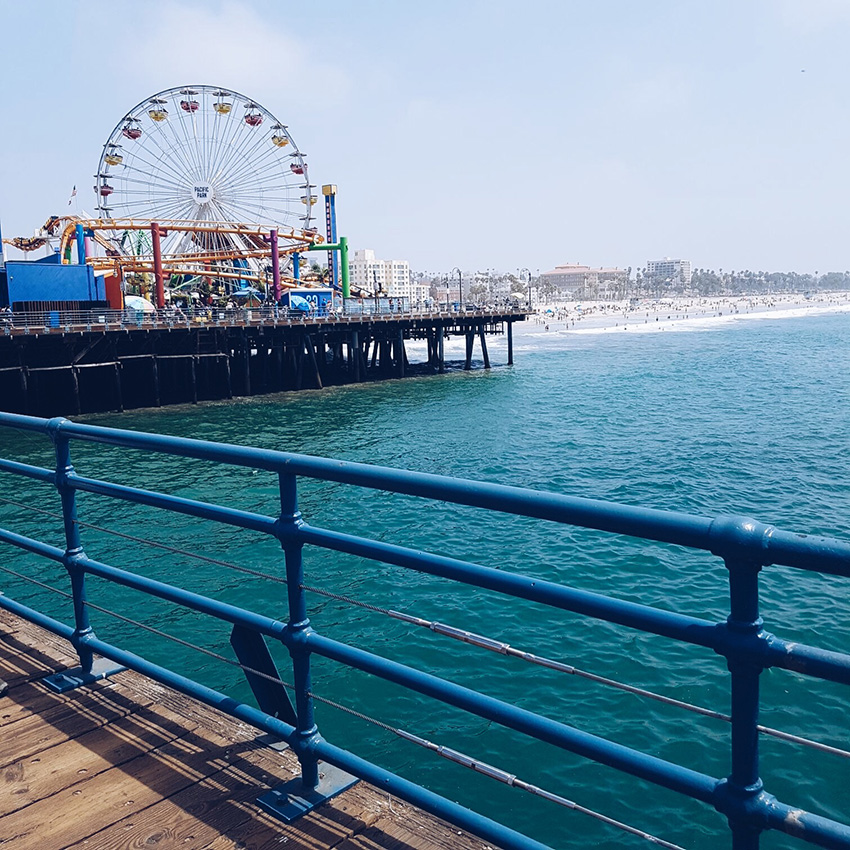 santa_monica_pier_california