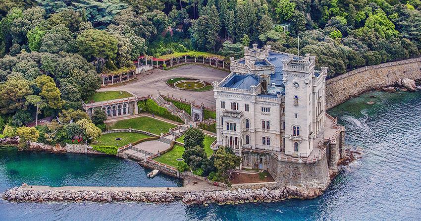 castello_miramare_trieste_aprile